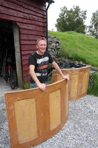 Tor Ståle Skulstad oppdaget kirkeinvetaret. Foto: Thomas Gangstøe