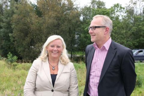 Byråd Lisbeth Iversen og Frode Carlleif Hoff. Foto: Magne Fonn Hafskor